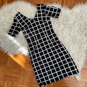 SUZY SHIER geometric dress with zippers XS
